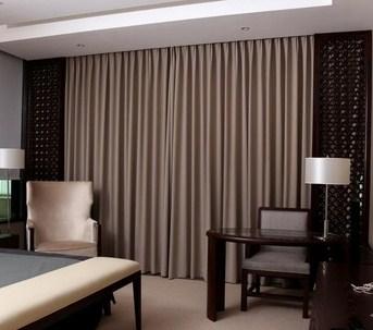 cortinas acústicas para hoteles