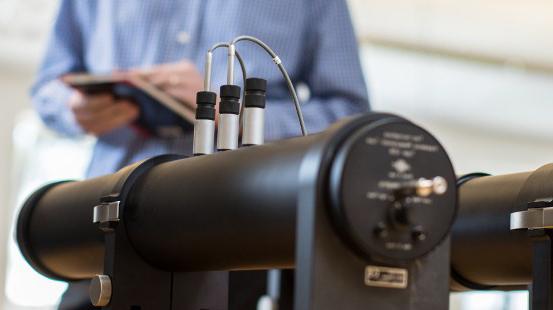 pruebas de absorción para cortinas acústicas