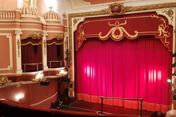 telones ignifugos para teatros